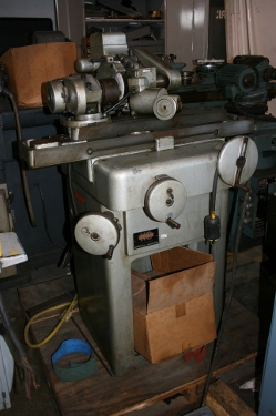 No. BA960, K O LEE, B6043E workhead, B955 univ. grinding head, 1/2 HP, 1977