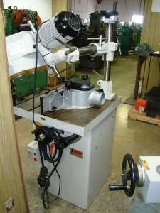SECO, No. SK-28SP, 30 degrees tilt, 1 HP, 1 spindle dia., w/ feeder, 2003