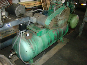 5 HP, SPEEDAIRE, #3Z492A, 70 gallon tank (horz)