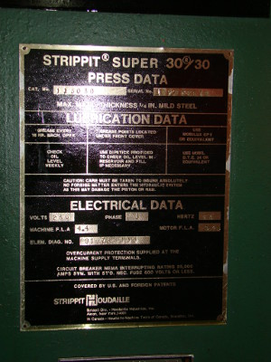 30 Ton, STRIPPIT, #3030, 1-1/4 & 3-1/2 holders, gauging, tooling, 1979
